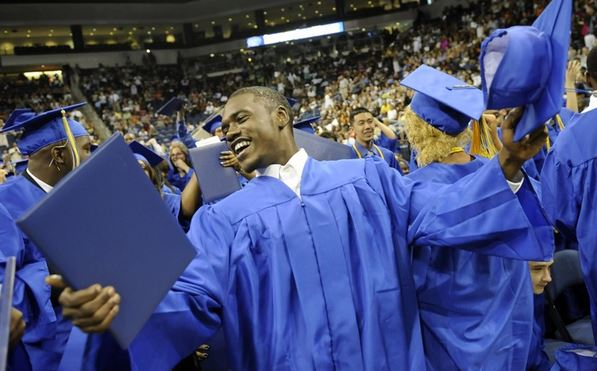 Congratulations You're Graduating: 5 Things You'll Want To Do To Prepare For The Big Day