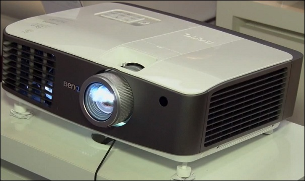 The First 3D Projector: The BenqW1500