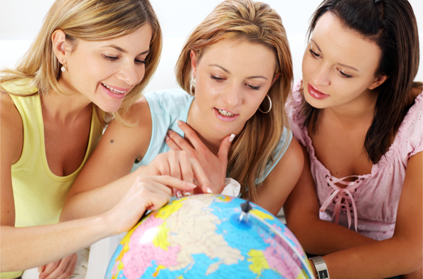 Think Rich, Travel Poor: 11 Ways Any Broke College Student Can Swing A Study Abroad Trip
