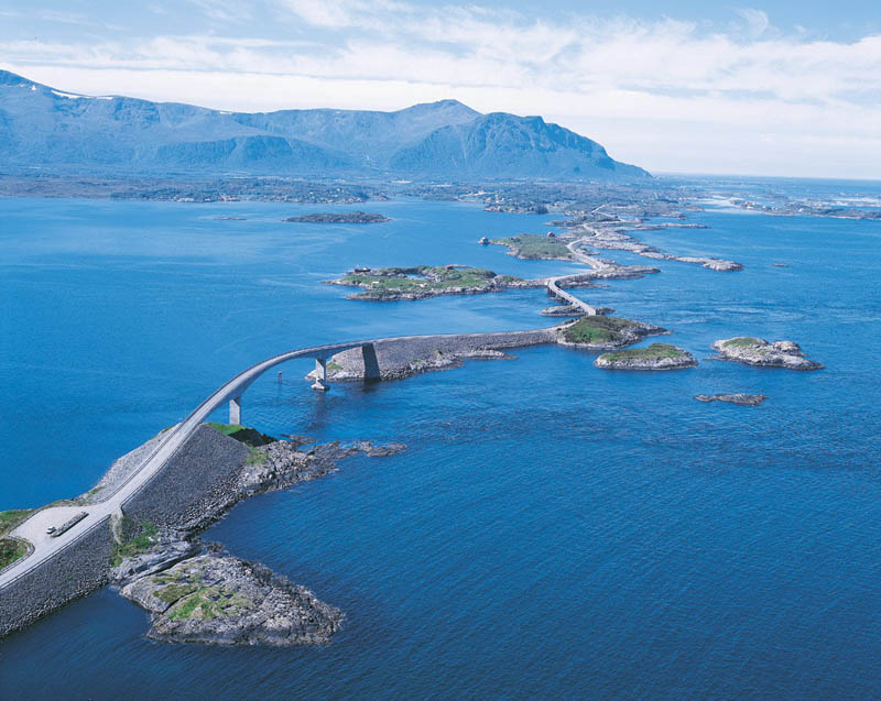 Top 10 Roads For An Epic Driving Holiday