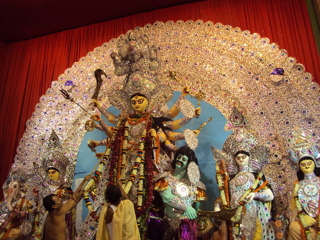 Enjoy The World Famous Durga Puja In Kolkata