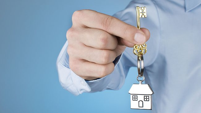 How Real Estate Lawyers Can Help in the House Buying Process