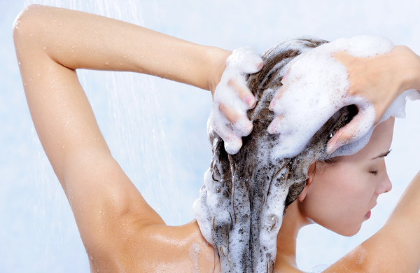 Why Should You Use A Sulfate Free Shampoo?