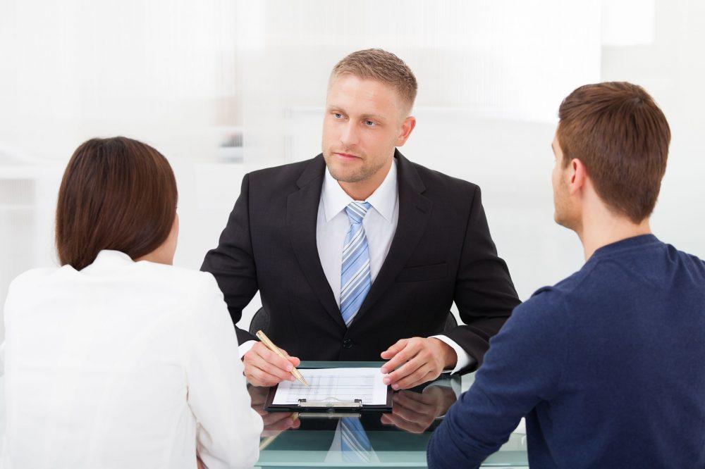 Safeguard Parental Rights by Hiring An Expert Divorce Lawyer