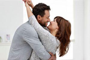 5 Secrets Of Super Happy Couples