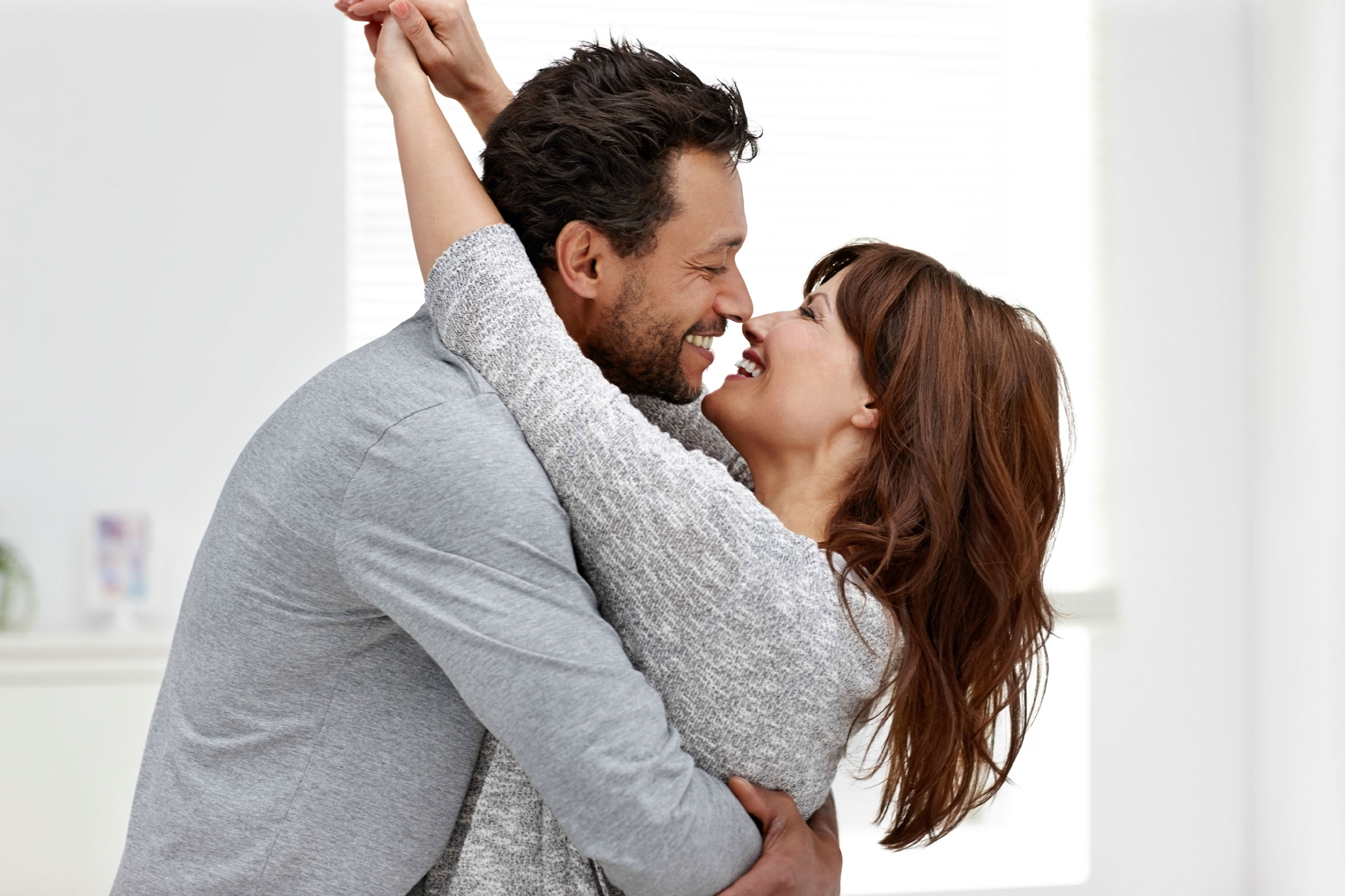 5 Secrets Of Super Happy Couples