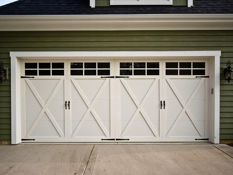 Benefits Of Choosing A Roller Garage Door For Your Home