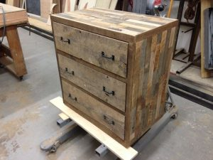 Things You Should Consider Before Choosing The Pallet Type