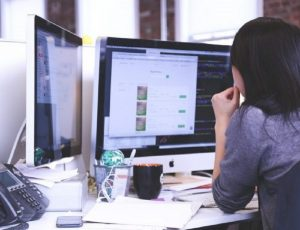 Why Should You Consider Hiring A Virtual Assistant?