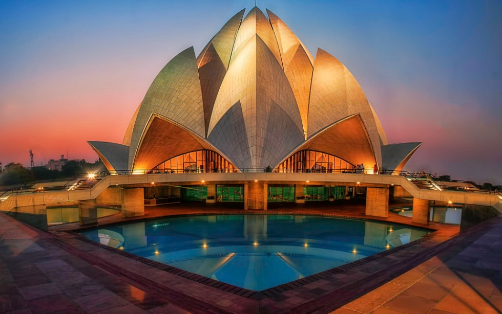 Explore India by Choosing Golden Triangle Tour