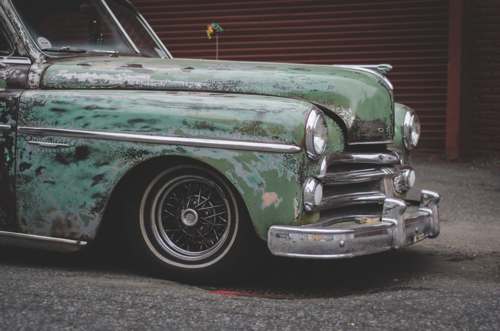 5 Easy Ways To Revitalize Your Old Car To Prevent Vehicular Accidents