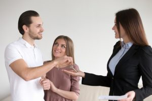 Benefits of hiring real estate agents